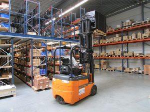 FAIRON - Plus de 10.000 références en stock dans notre dépôt à Bruxelles !